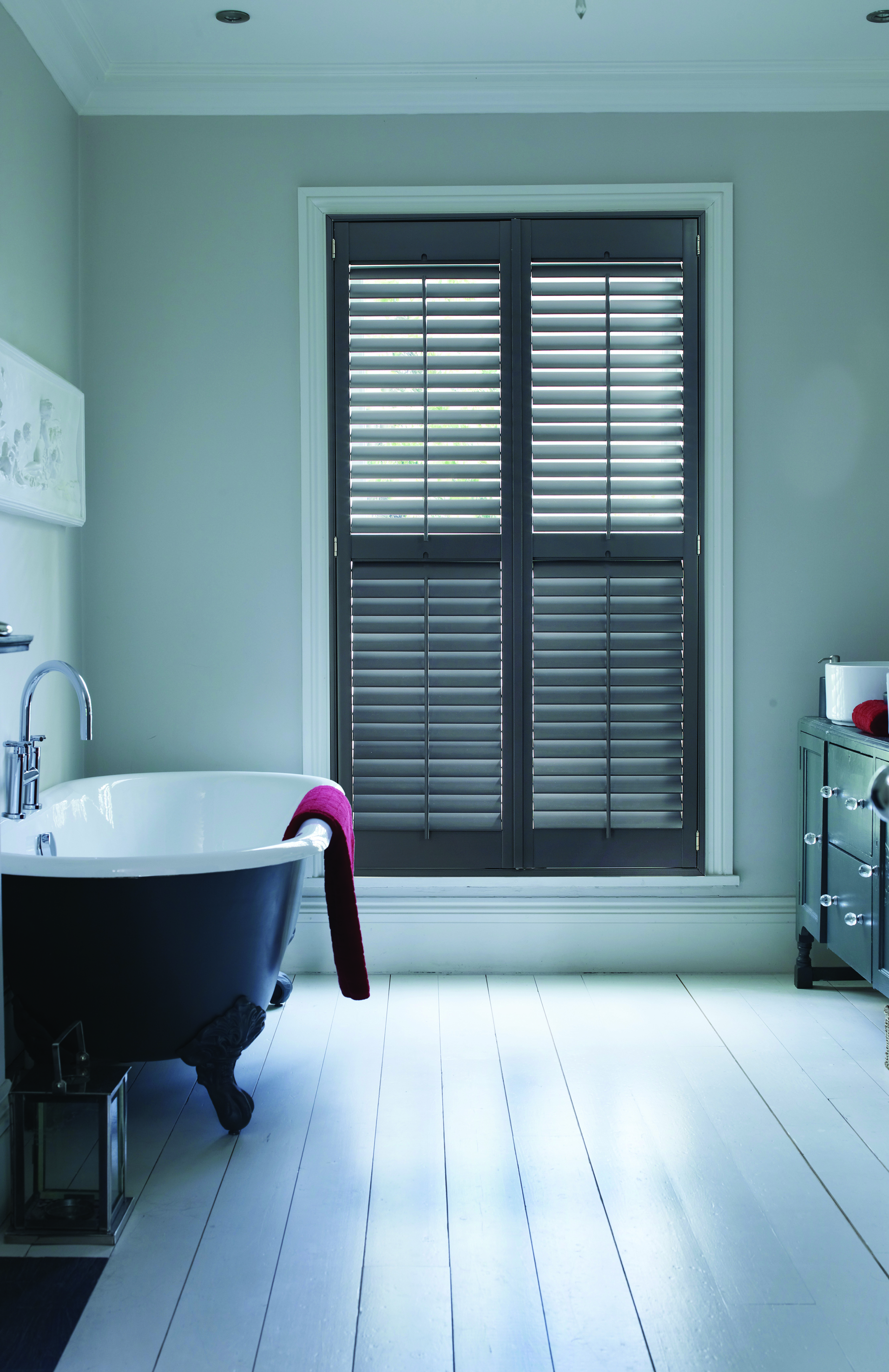 Grovewood Wall Grey blinds